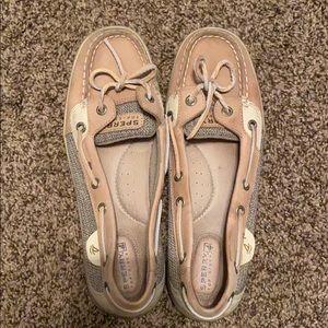 Speedy boat shoes